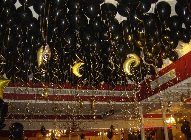 Black with Gold Stars & Moons Balloons Ceiling